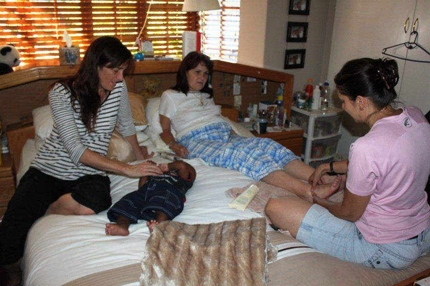 Vic being pampered by her sister Lani